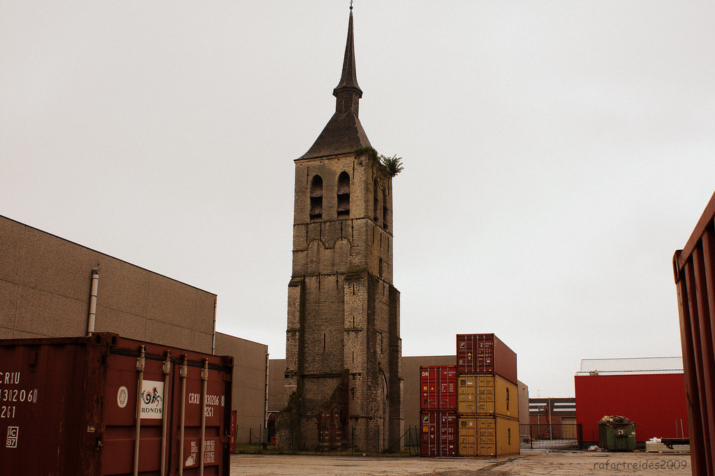 https-_www-vai-be_volumes_general_03b-standaertsite-2018-gent-murmuur-architecten-carton123-architecten-en-ae-architecten-c-michiel-de-cleene_190828_164033